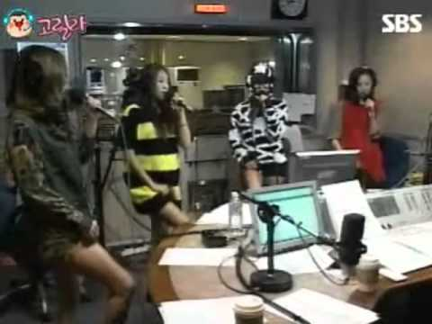 120426 SISTAR - Alone @ Boom Young Street