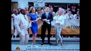 Pink Tells Savannah Guthrie She Sucks [Today Show 7.9.12]