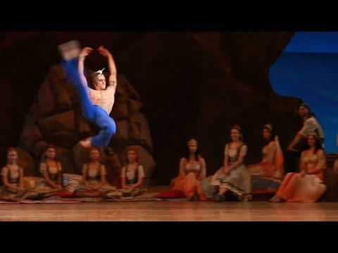 Sergei Polunin/Сергей Полунин, huge ballet jumps in 1080HD... glorious Le Corsaire!