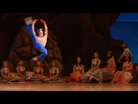 Huge ballet jumps in 1080HD...with Sergei Polunin