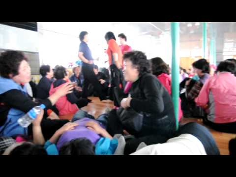 Korean ferry boat singing