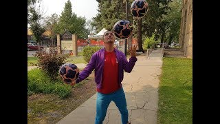 World record soccer juggler shows off his moves at the Fringe