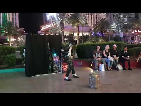Amazing Michael Jackson street performance in Las Vegas