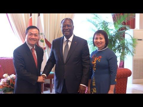Lettres de créance de cinq nouveaux Ambassadeurs accrédités auprès de la Côte d'Ivoire