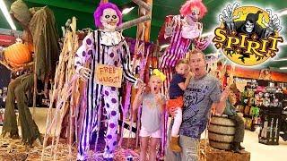 Fun at Spirit Halloween!!! Halloween Store Tour! Spooky Animatronics
