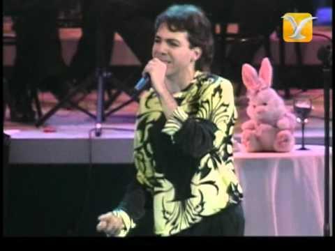 Cristián Castro, Lloran las Rosas, Festival de Viña 2002
