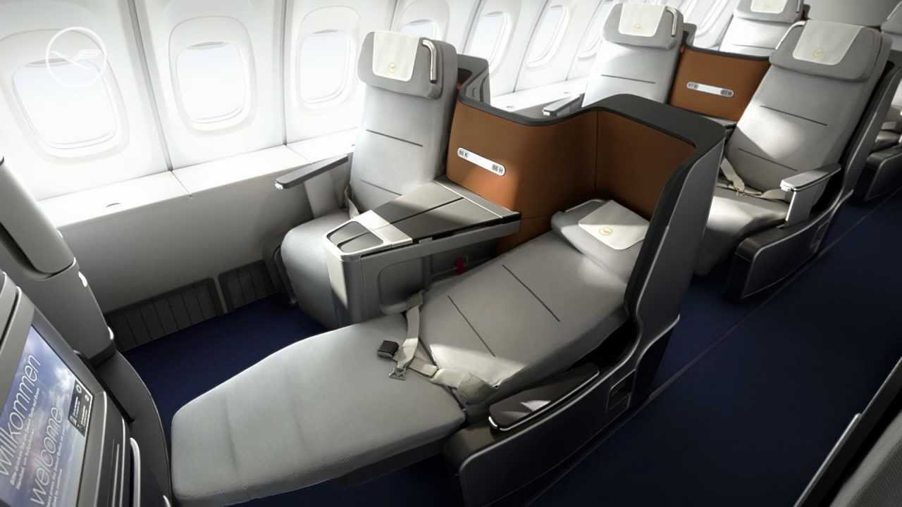 New Lufthansa Business Class 747 8 In This Video Youtube