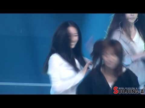 [Fancam] 120615 Krystal - Electric Shock rehearsal @ Music Bank