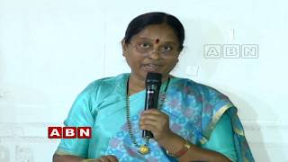 Konda Surekha slams KCR for giving land to Harikrishna mem..