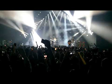 OneRepublic - Counting Stars Live in Singapore