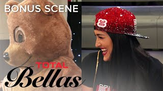 Can Nikki & Brie Bella Pull Off the 'Bella Pep Rally'? | Total Bellas | E!