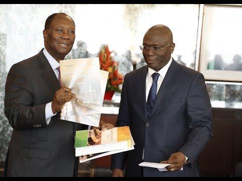 Le Chef de l'Etat a reçu les Rapports d'activités 2014, 2015 et 2016 de la Cour des Comptes