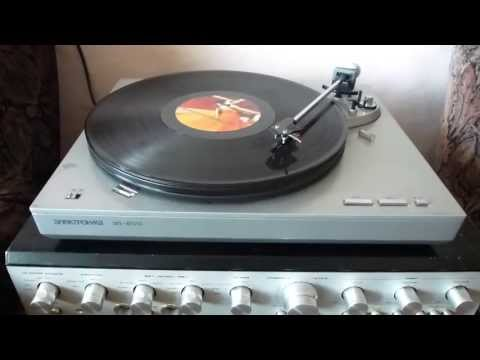 Richard Durand feat. Hadley  -- Run To You (vinyl)