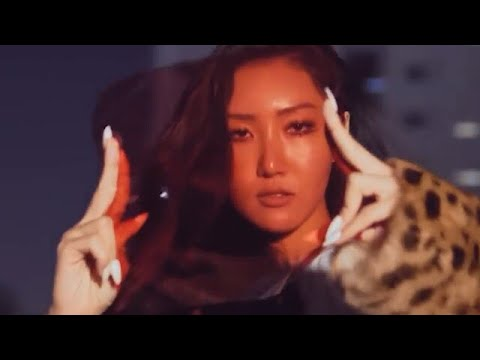 23 times HWASA proved she was born to SHINE