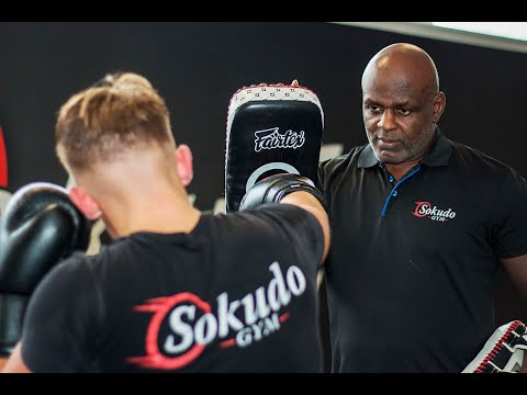 Kickboxing Training - Setting up the Body Shot with Ernesto Hoost