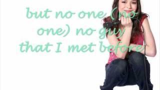 Miranda Cosgrove - Kissin U (HQ w/lyrics)