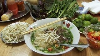 How to make Vietnamese Pho Bo