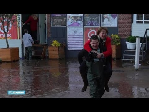 Natte voeten in Vlaardingen door hoogwater - RTL NIEUWS