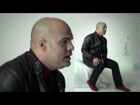 CORAZÓN FRACTURADO. Omar Enrique feat Oscarcito. VIDEOCLIP OFICIAL.mp4