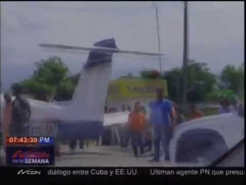 Avioneta aterriza de emergencia en autopista Duarte