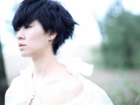 郁可唯 Yu Kewei - 指望 首专《蓝短裤》主打歌 Track 04
