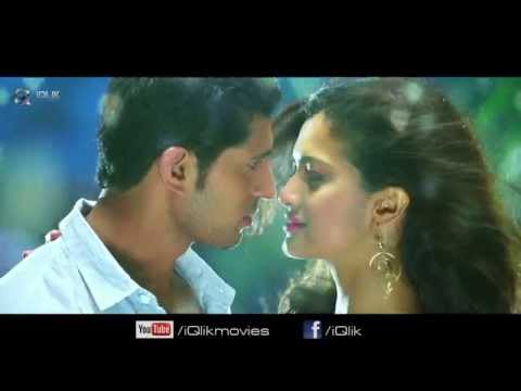 Yavvanam-Oka-Fantasy-Movie-Padaku-Padaku-Song