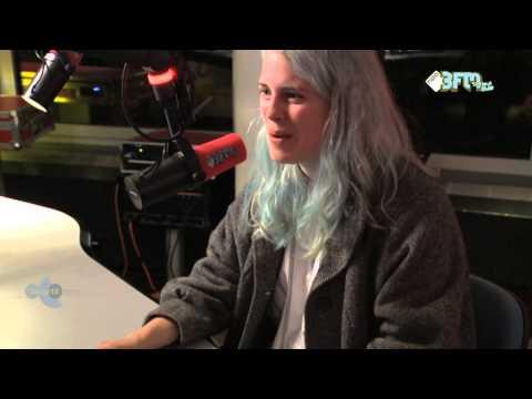 Interview met Marika Hackman Live bij 3voor12 Radio