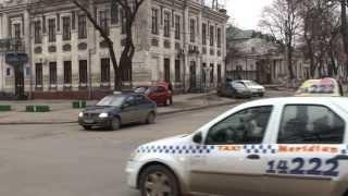 Încalcă legea cu bună știință, taxi ilegal pe bulevardul central