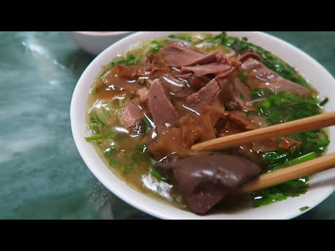 Bun Ngan Goose Noodles Lunch Lady in Hanoi Vietnam is a Master Chef - Youtube Downloader Free