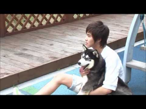 ♥DBSK/ TVXQ♥ *YUNHO & his dog* ( Eng Sub) Interview*