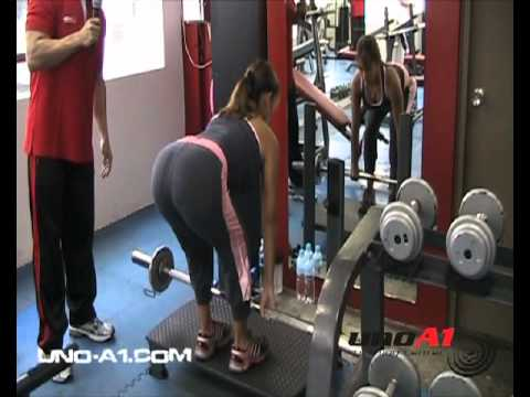 Culona haciendo ejercicio - 3 8