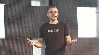 MIX PALESTRAS   Pedro Vilanova   Os robôs que tornam a política mais humana.   TEDxRecife