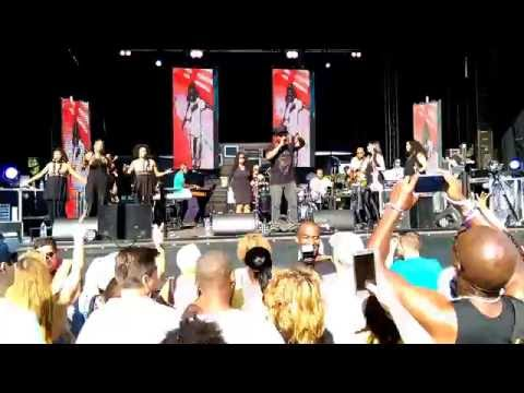 Soul II Soul with Jazzie B live @ 51st State Festival 2016