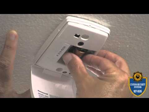 Custom Security Systems_How to Replace Wireless Glassbreak Battery