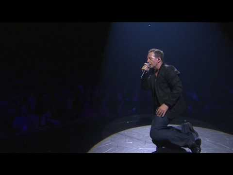 Simple Minds & Sinéad O'Connor - Belfast Child (live)