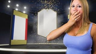 OMG! I PACKED MY FIRST ICON IN A FREE PACK!! FIFA 19 Ultimate Team
