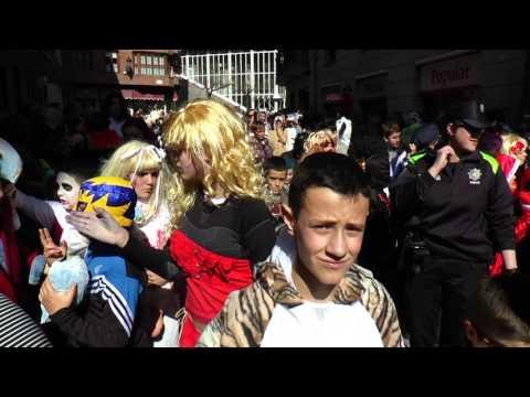Azpeitiko umeen inauterietako desfilea