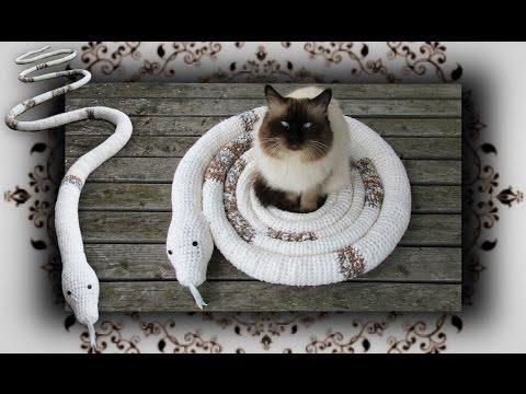 diy schlangen schaukel f r katzen snake swing for cats. Black Bedroom Furniture Sets. Home Design Ideas