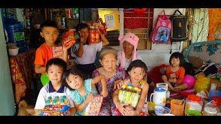 7 đứa trẻ bị mẹ bỏ rơi sống cùng bà ngoại đã thoát khỏi cảnh xin tiền trọ chỉ sau 1 đêm