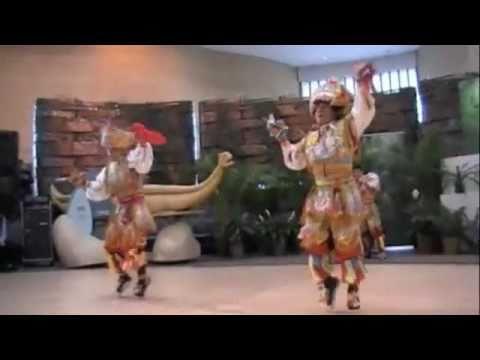 Scissor Dance,Representantes de Yawar Chicchi en Museo Indio Americano Washintong DC-USA.