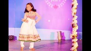 1234 get on the dance floor Chennai Express by Shriya