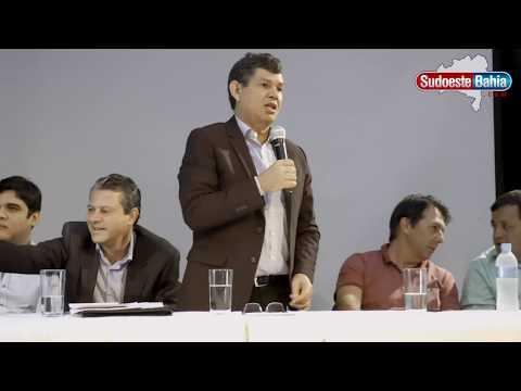 Caetité sedia Encontro de Presidentes de Câmaras para discutir a Unacon