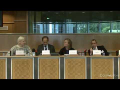 Julian Assange Vs. Alastair Mullis -Free Speech Debate