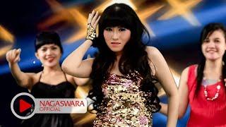 Putri Fe - Aku Pengen - Official Music Video - NAGASWARA