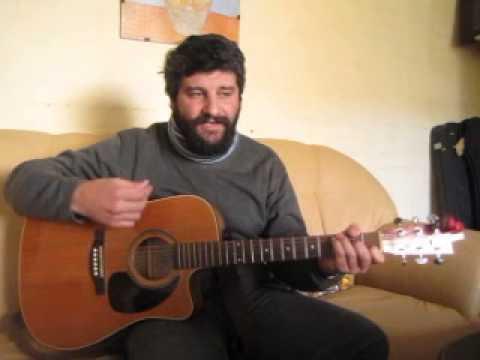 AL #64 Yo tengo un Dios muy, muy, muy grande. Tutorial: alabanza con guitarra.