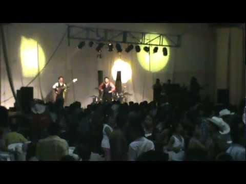 selva negra en papantla ver. 1 de mayo - Jonny banda nuevo tecladista. 2