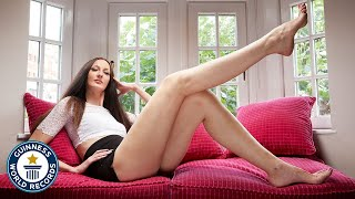 Woman with the longest legs - Meet the Record Breakers