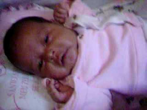 Baixar Maria Eduarda...choro de bebê