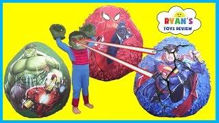 GIANT EGG SURRPISE OPENING Spiderman Superman The Hulk SuperHeroes Toys for Kids Video