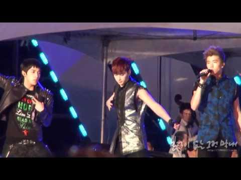 [FANCAM] 110716 KBS Open Concert - I'll Be Back (Chansung focused)